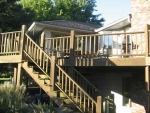 Dustin Ct wooden deck – before